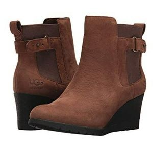 UGG Indra Cobat Wedge Boots Size 7